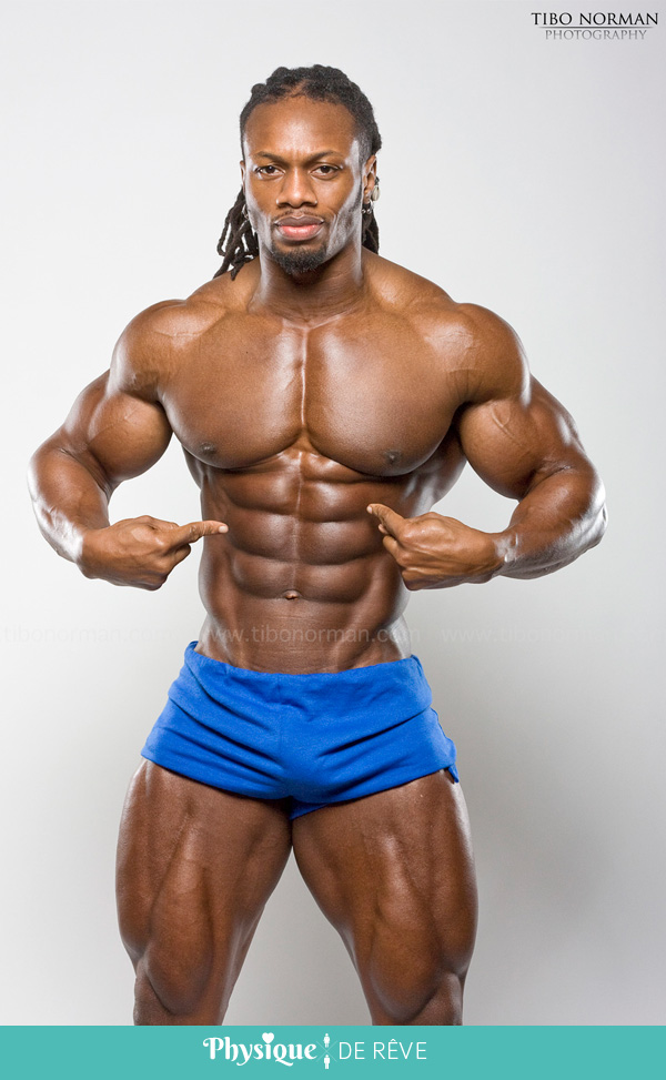 Ulisses-Jr-muscles-fitness-perfection-proportion